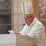 Dziwisz: Dziękujemy za Papieża, który uwalniał od lęku