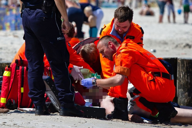 Dźwirzyno. 53-latek utopił się podczas kąpieli w morzu /Michał Świderski /East News