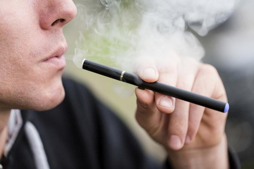 e papieros działanie /© Photogenica
