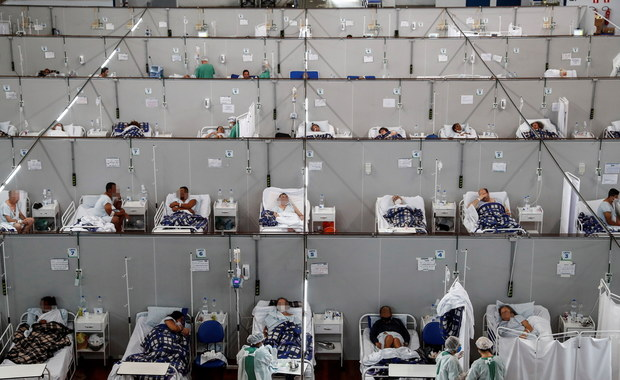 E-skierowania na szczepienia dla wszystkich chętnych. Premier o możliwym odmrożeniu gospodarki [RAPORT DNIA]