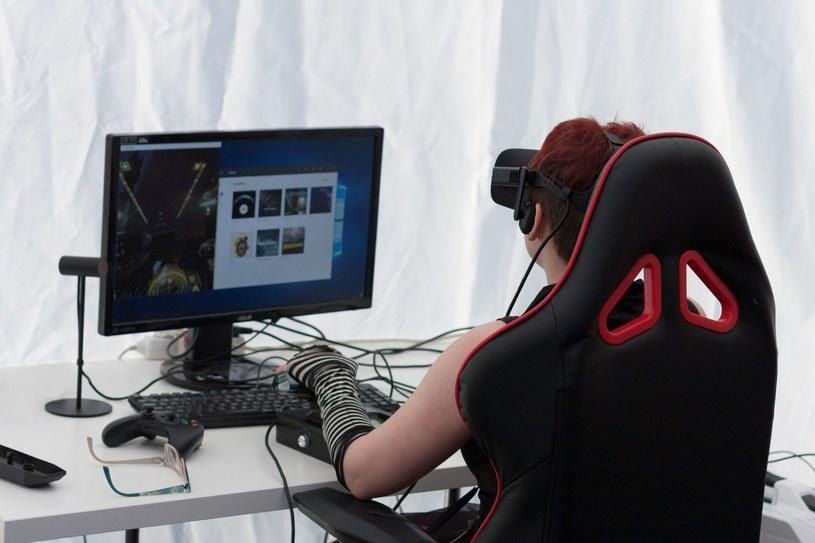E-Sport i VR? Już w październiku /123RF/PICSEL