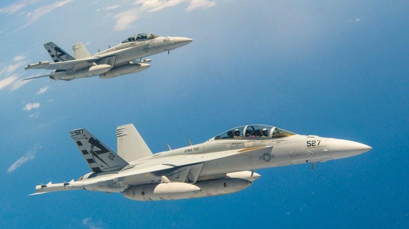 EA-18G podczas testów autonomicznych lotów /US NAVY /domena publiczna