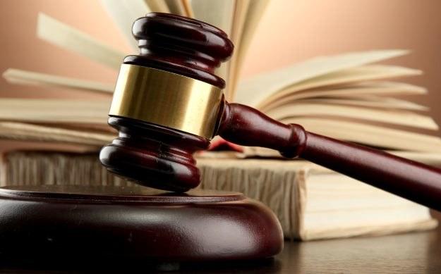 EA wygrywa przed sądem z niezadowolonymi inwestorami /123RF/PICSEL