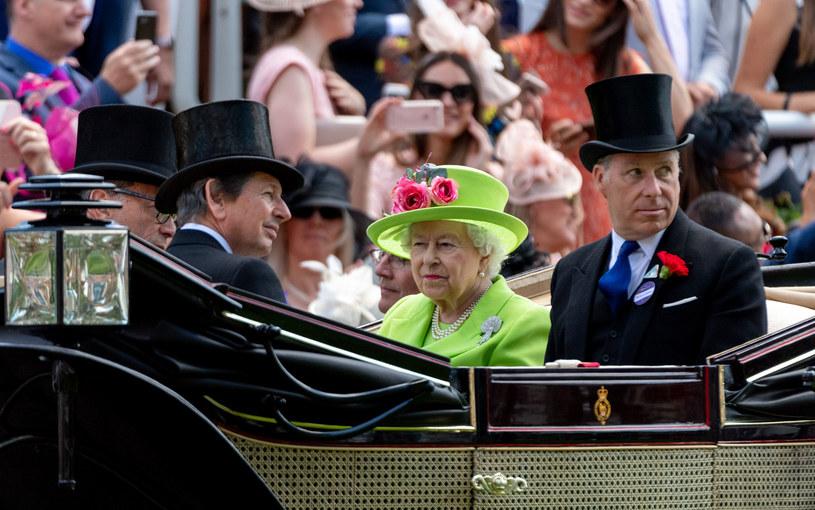 Earl Snowdon jest siostrzeńcem Królowej Elżbiety - synem jej siostry Małgorzaty /Mark Cuthbert /Getty Images