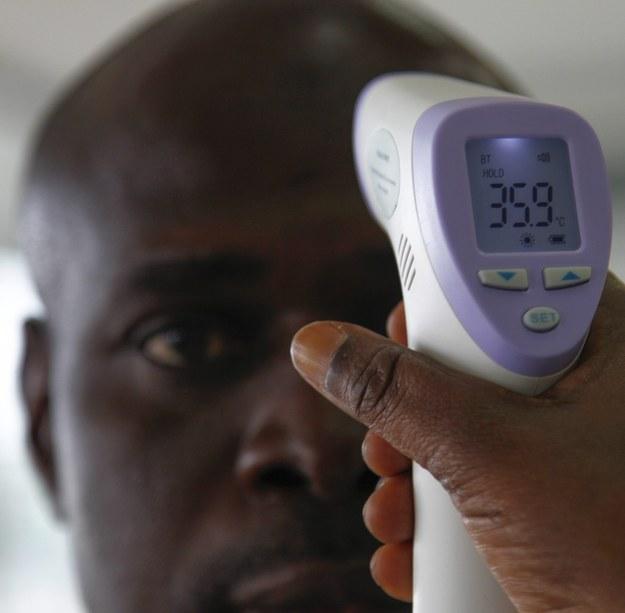 Ebola – małe ryzyko zakażenia w samolocie