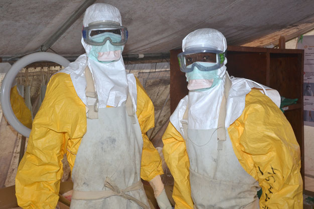 Ebola zabiła blisko 8 tysięcy osób fot. Cellou Binani /AFP