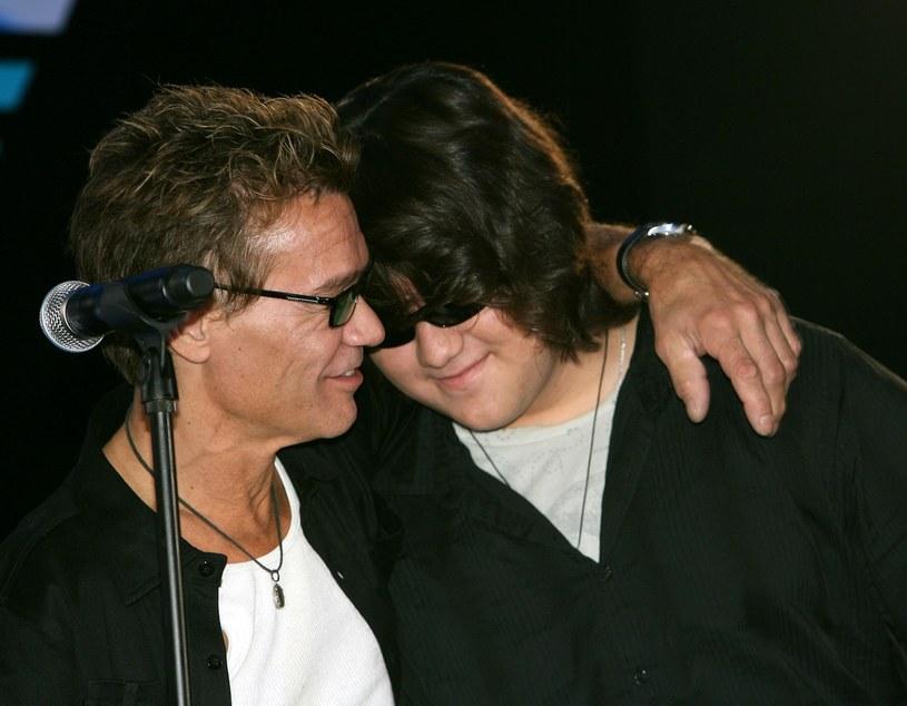 Eddie Van Halen z synem w 2007 roku /Michael Buckner  /Getty Images