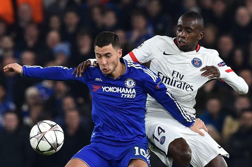 Eden Hazard atakowany przez Blaise'a Matuidiego /AFP