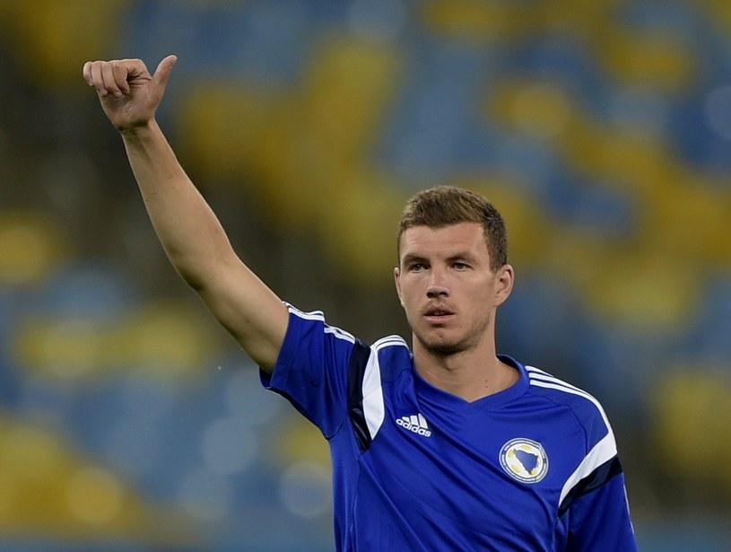 Edin Dżeko to największa gwiazda reprezentacji Bośni i Hercegowiny /AFP