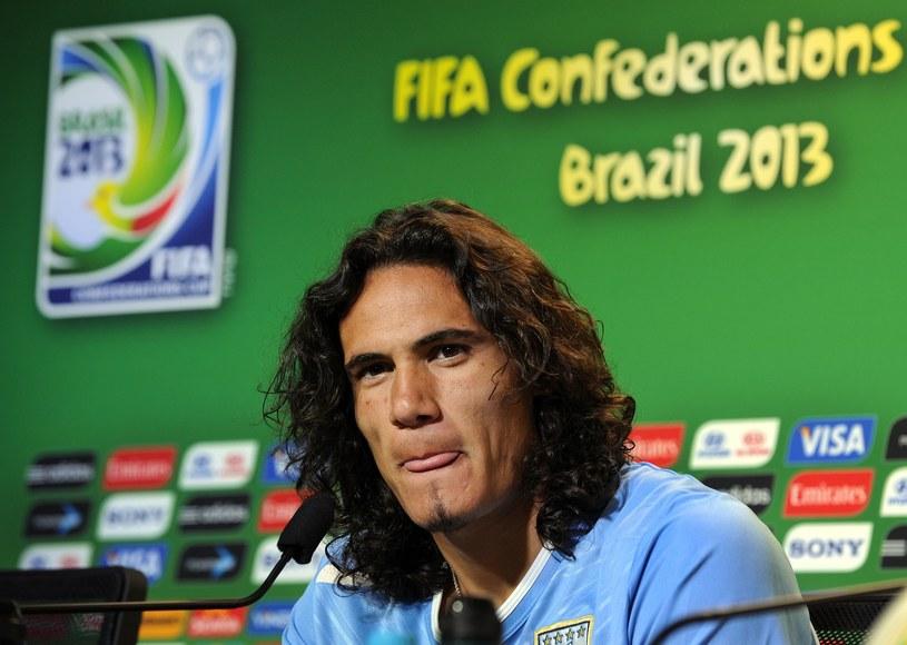 Edinson Cavani ma już dość ciągłych pytań o swoją klubową przyszłość /AFP
