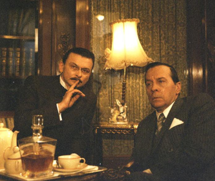 """Edmund Fetting (P) w serialu """"Gdańsk '39"""" /East News/POLFILM"""