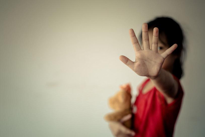 Edukacja seksualna m.in. chroni dzieci przed wykorzystaniem seksualnym /123RF/PICSEL