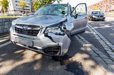 00098S97AHMMBQPE-C307 EDWARD. Czy naprawdę nikt nie zginie w wypadku?