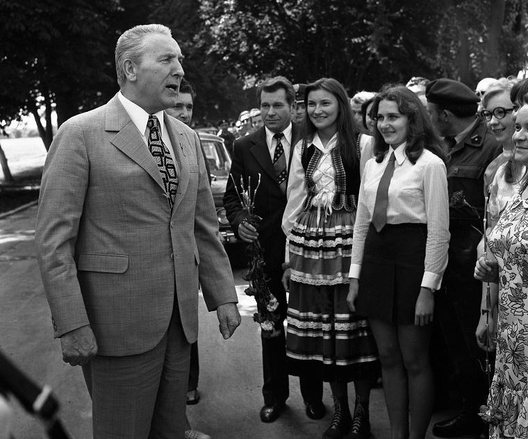 Edward Gierek z wizytą nad Zalewem Zemborzyckim, Lublin 15.07.1974 r. /Agencja FORUM