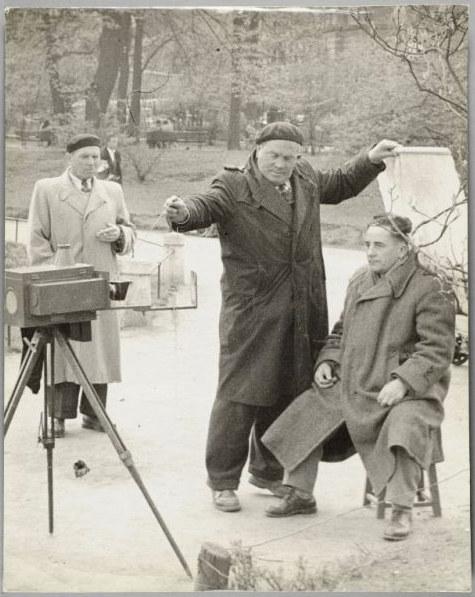 """Edward Węglowski """"Ostatni Mohikanin"""" ca. 1950-1969. Fotografia udostępniona w ramach projektu EuropeanaPhotography /Muzeum Historii Fotografii w Krakowie"""