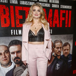 Edyta Folwarska pochwaliła się dekoltem na premierze filmu