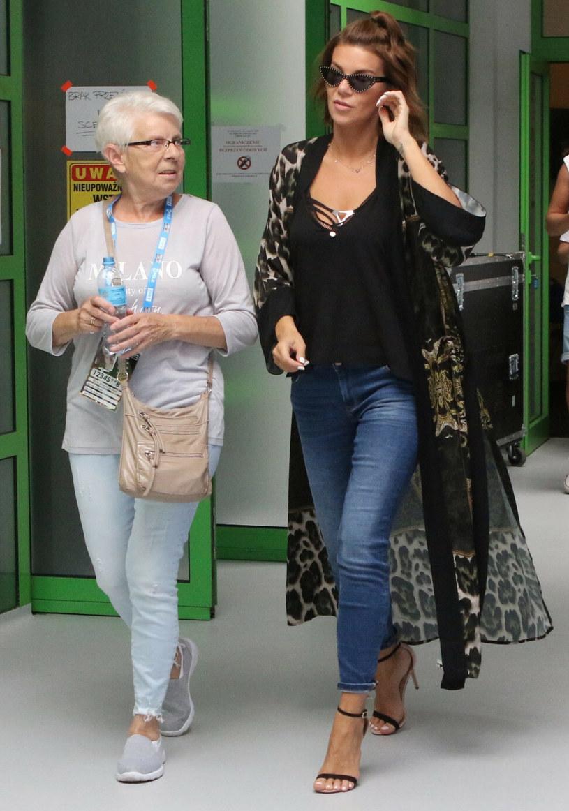 Edyta Górniak z mamą Grażyną Jasik, zdjęcie z 2018 roku /Marek Zieliński /East News