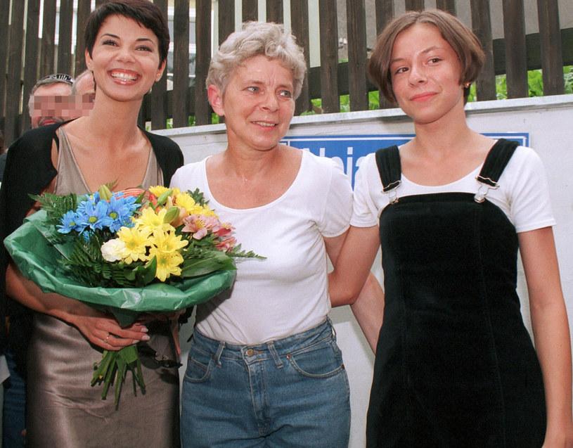 Edyta Górniak z mamą i siostrą /Jacek Dominski/REPORTER /Reporter