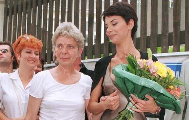 Edyta Górniak z mamą w 1997 roku, fot. Mieczyslaw Wlodarski /REPORTER  /East News