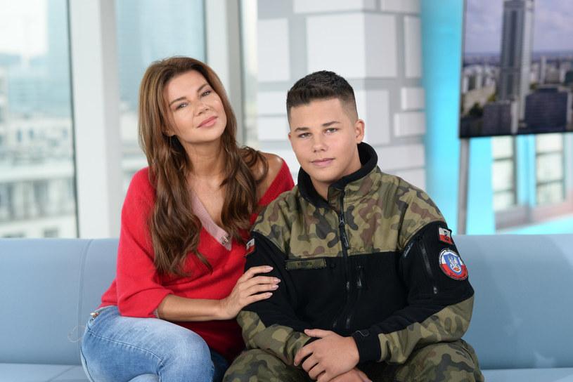 Edyta Górniak z synem /Wojciech Olszanka/Dzien Dobry TVN/East News /East News