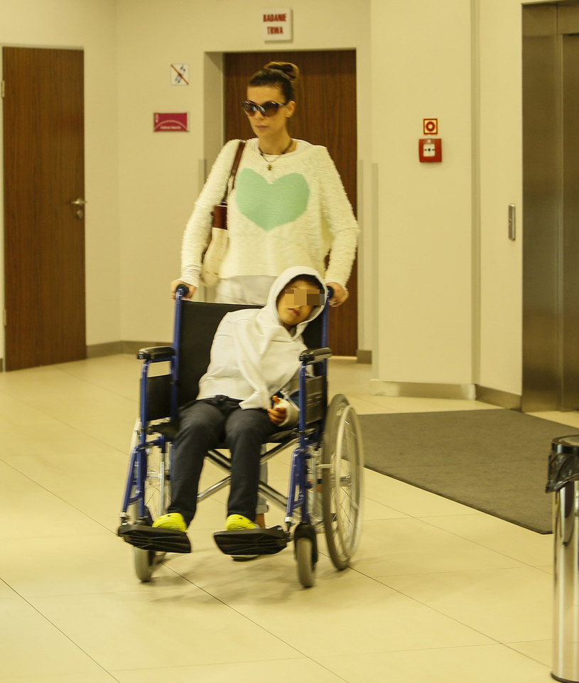 Edyta i Allanek w szpitalu /- /East News