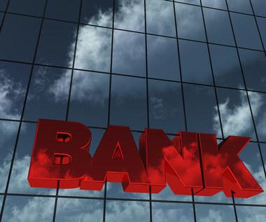 Efekt pandemii: Niższa rentowność, czyli czas przebudowy bankowych strategii