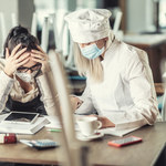 Efekt pandemii. Ponad 100 tys. miejsc pracy mniej