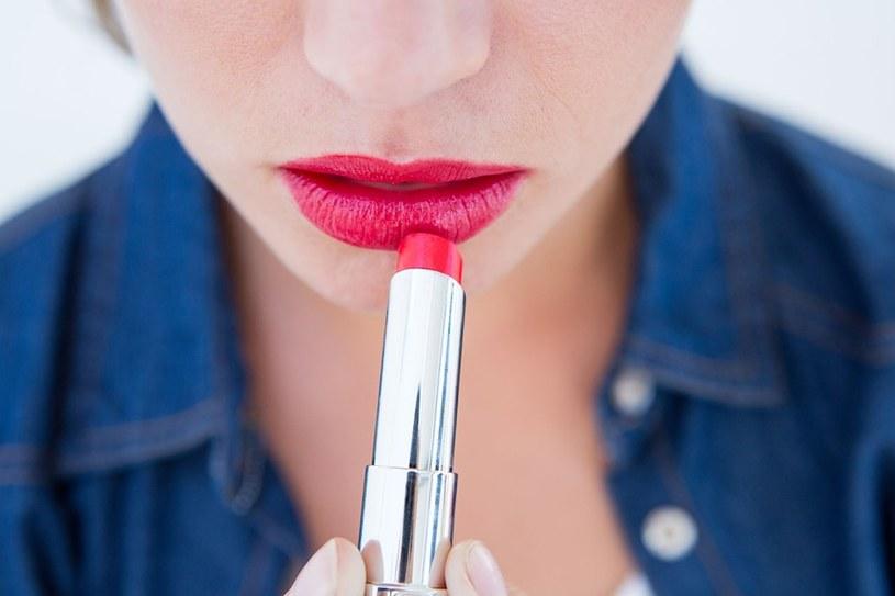 """""""Efekt szminki"""" dotyczył kobiet podczas wojny /123RF/PICSEL"""