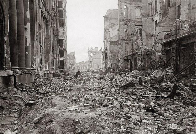 Efektem powstania warszawskiego było całkowite zniszczenie dużej części Warszawy /zdjęcie archiwalne /Agencja FORUM