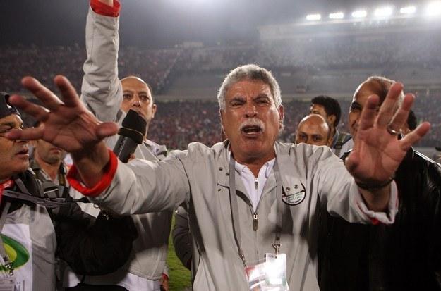 Egipski trener drużyny Zamalek popisał się nie lada trikiem /AFP