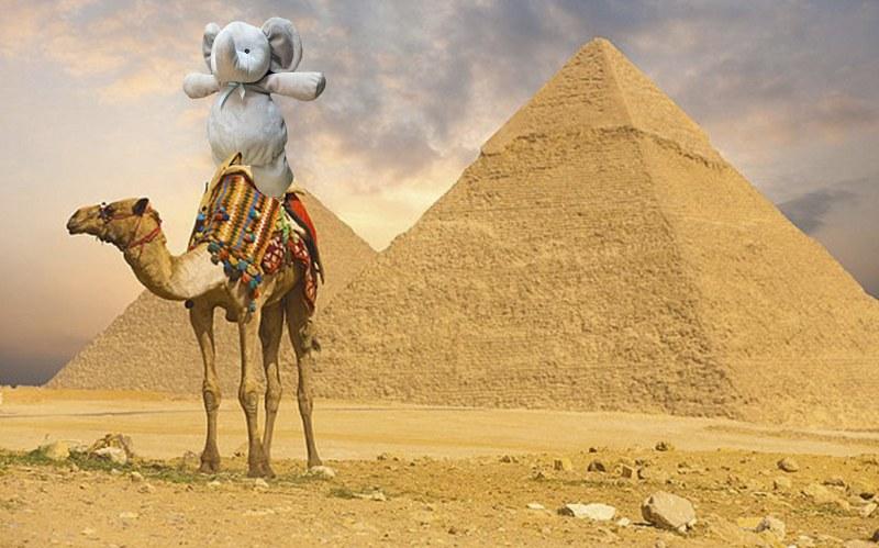 Egipt i piramidy /imgur.com