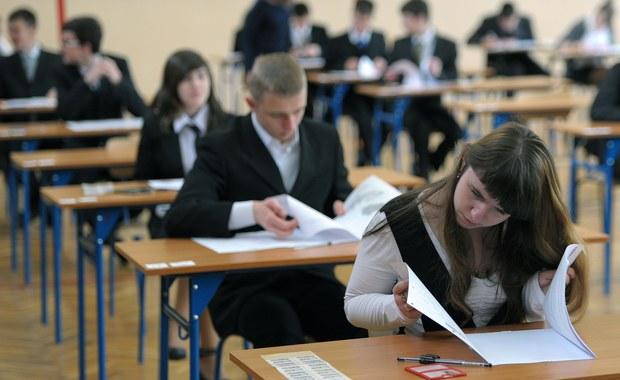 Egzamin gimnazjalny 2014: Dziś zmagania z językiem obcym!