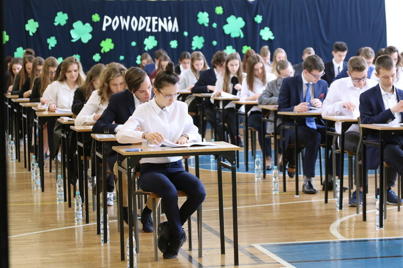 Egzamin gimnazjalny 2017 w Zespole Szkół Ponadpodstawowych nr 2 w Kielcach /POLSKA PRESS/DAWID LUKASIK /East News
