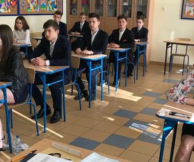 Egzamin gimnazjalny 2018: Część matematyczna [ARKUSZ i ODPOWIEDZI]