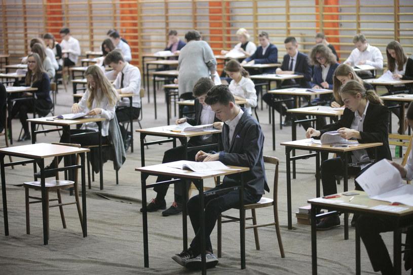 Egzamin gimnazjalny 2018 rozpocznie się już 18 kwietnia /Polska Press /East News