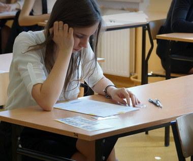 Egzamin gimnazjalny: Jutro część humanistyczna. Będziemy mieli arkusze i rozwiązania