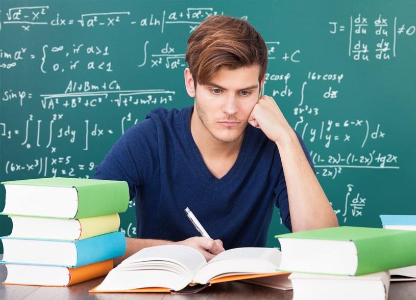 Egzamin gimnazjalny składa się z trzech części /123RF/PICSEL