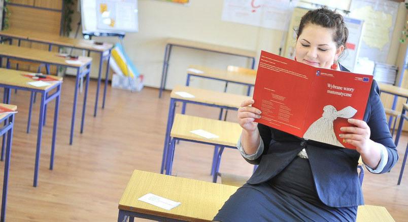 Egzamin maturalny z matematyki w ZSP Nr 1 w Bydgoszczy /Kamil Kiedrowski /Reporter