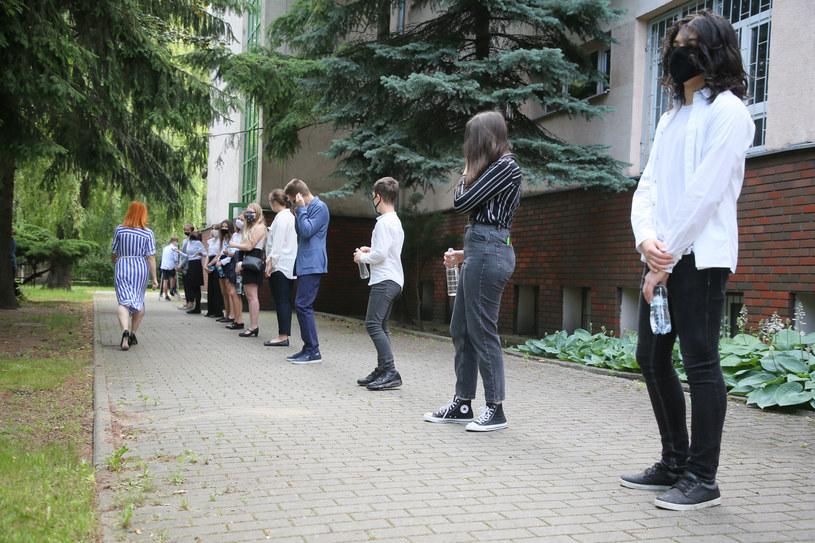 Egzamin ósmoklasisty 2020 odbywa się w szczególnym reżimie sanitarnym /Piotr Molecki /East News