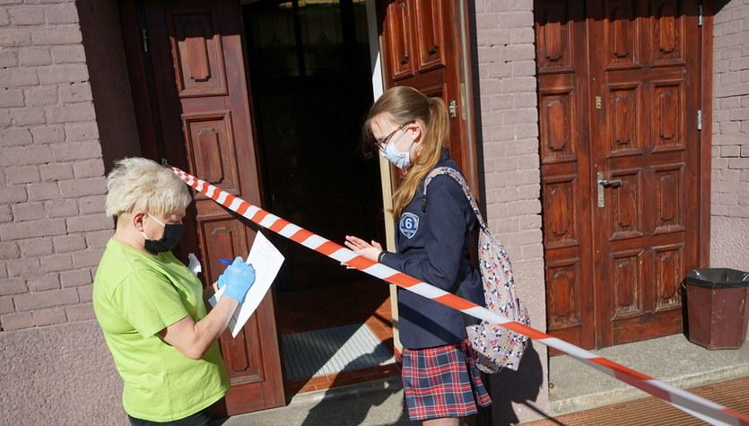 Egzamin ósmoklasisty z języka niemieckiego. Arkusz CKE i odpowiedzi