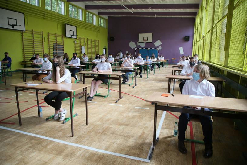 egzamin, zdj. ilustracyjne /Piotr Molecki /East News