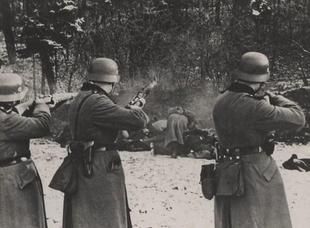 Egzekucja polskich zakładników pod wzgórzem Uzbornia. Zbrodnia w Bochni, 18 grudnia 1939 r. /IPN