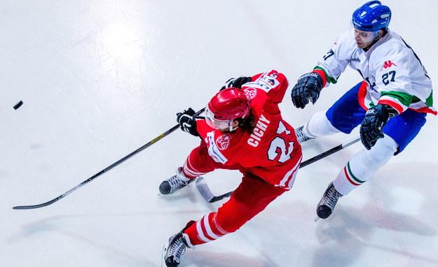 EIHC w Katowicach. Zapała o meczu z Kazachami: Musimy wskoczyć na jeszcze wyższe obroty