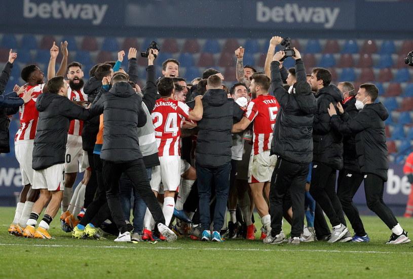 Ekipa Athletic Bilbao raduje się z awansu do finału Pucharu Hiszpanii /PAP