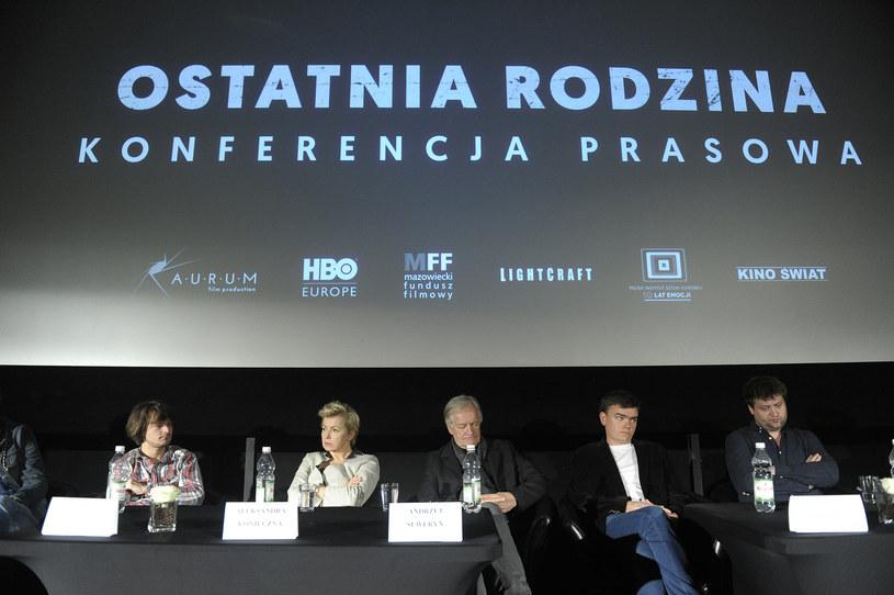 """Ekipa na konferencji prasowej filmu """"Ostatnia rodzina"""" /AKPA"""
