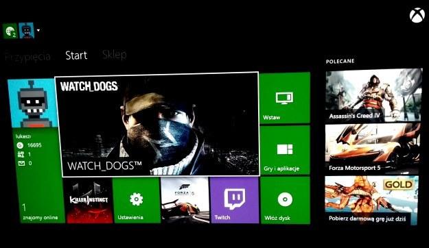 Ekran główny - to właśnie on pojawi się od razu po włączeniu konsoli. Stylistyką wykonania przypomina to, co częściowo znamy z Windows 8 i Windows Phone 8 /INTERIA.PL