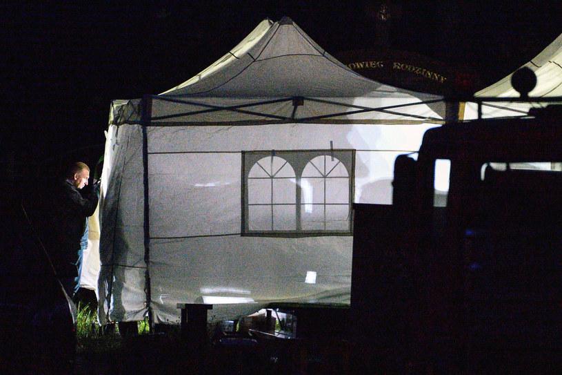 Ekshumacja ciała ofiary katastrofy smoleńskiej, zdjęcie ilustracyjne /Łukasz Dejnarowicz /Agencja FORUM