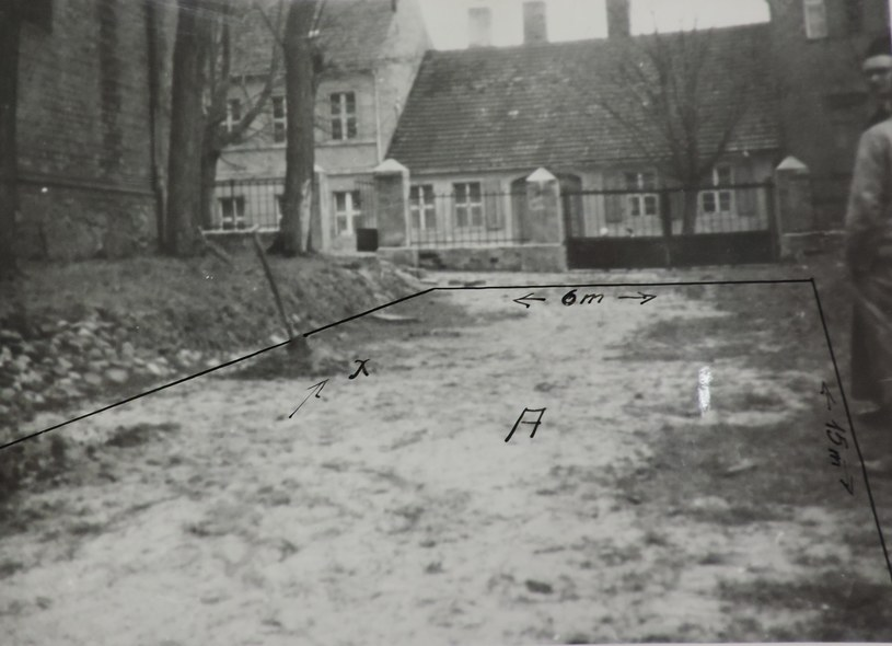 Ekshumacja z 1966 r. /IPN Po 835/1 /Odkrywca