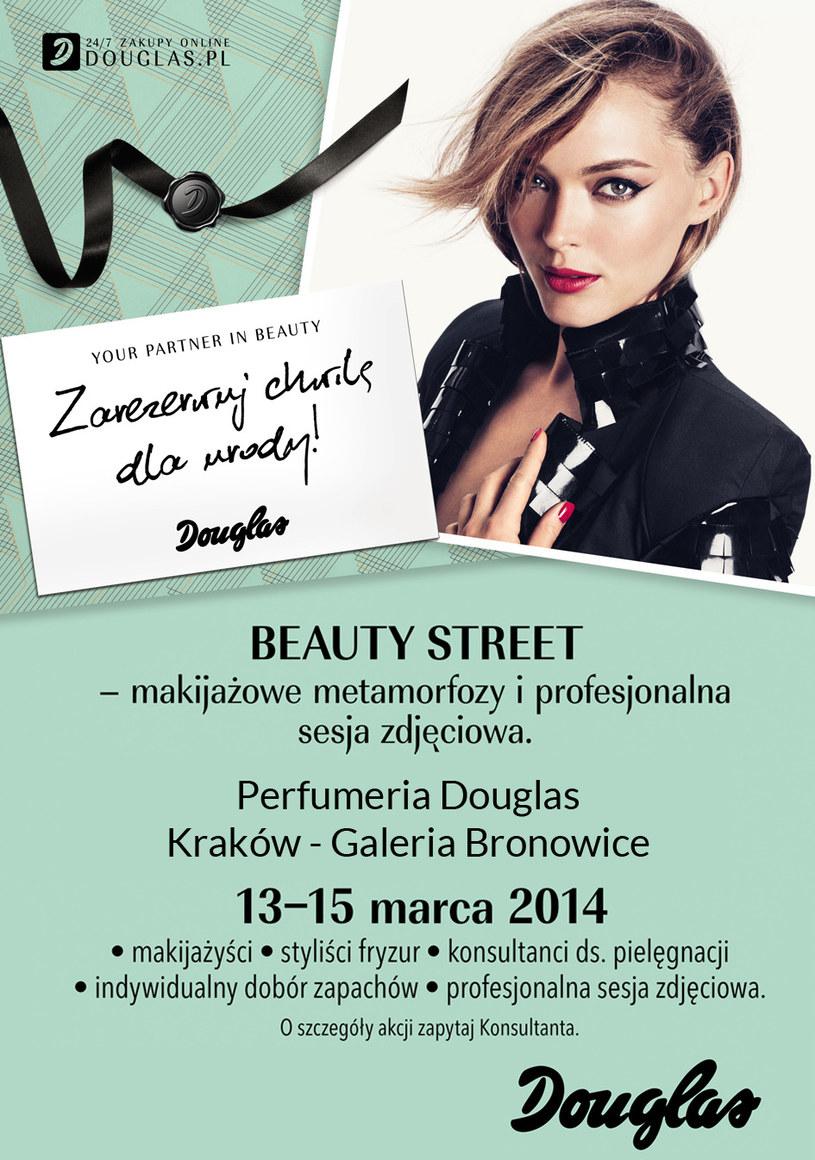 Eksperci Douglas pomogą ci w wyborze kosmetyków, a później weźmiesz udział w sesji zdjęciowej /materiały prasowe