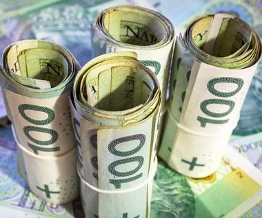 Eksperci o Funduszu Medycznym: Prezent za pieniądze solenizanta